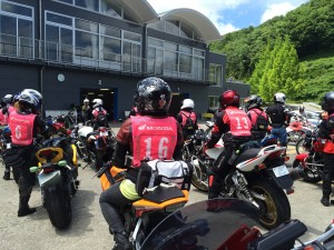 女性のためのバイクスクール、チームマリ@ツインリンクもてぎと、メロン狩りツーリング (1)