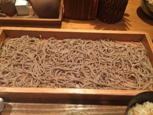 恵比寿の板蕎麦「香り家」で美味しい蕎麦と野菜天ぷらを食べてきた!