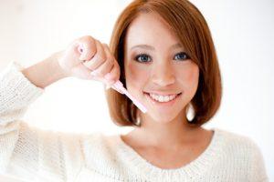 キレイになりたい!50代(大人・高齢)の歯列矯正治療(現在進行形③)