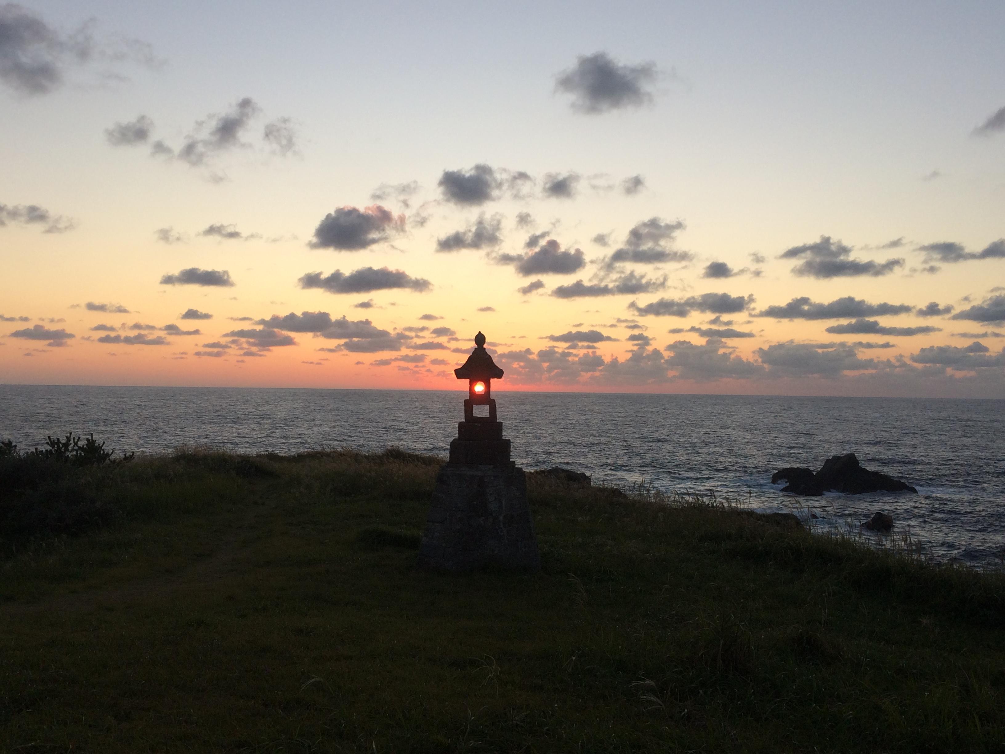 佐渡島ツーリング日記(3) 二つ亀、大野亀、姫津大橋、佐渡金山、そして日本海に沈む夕陽