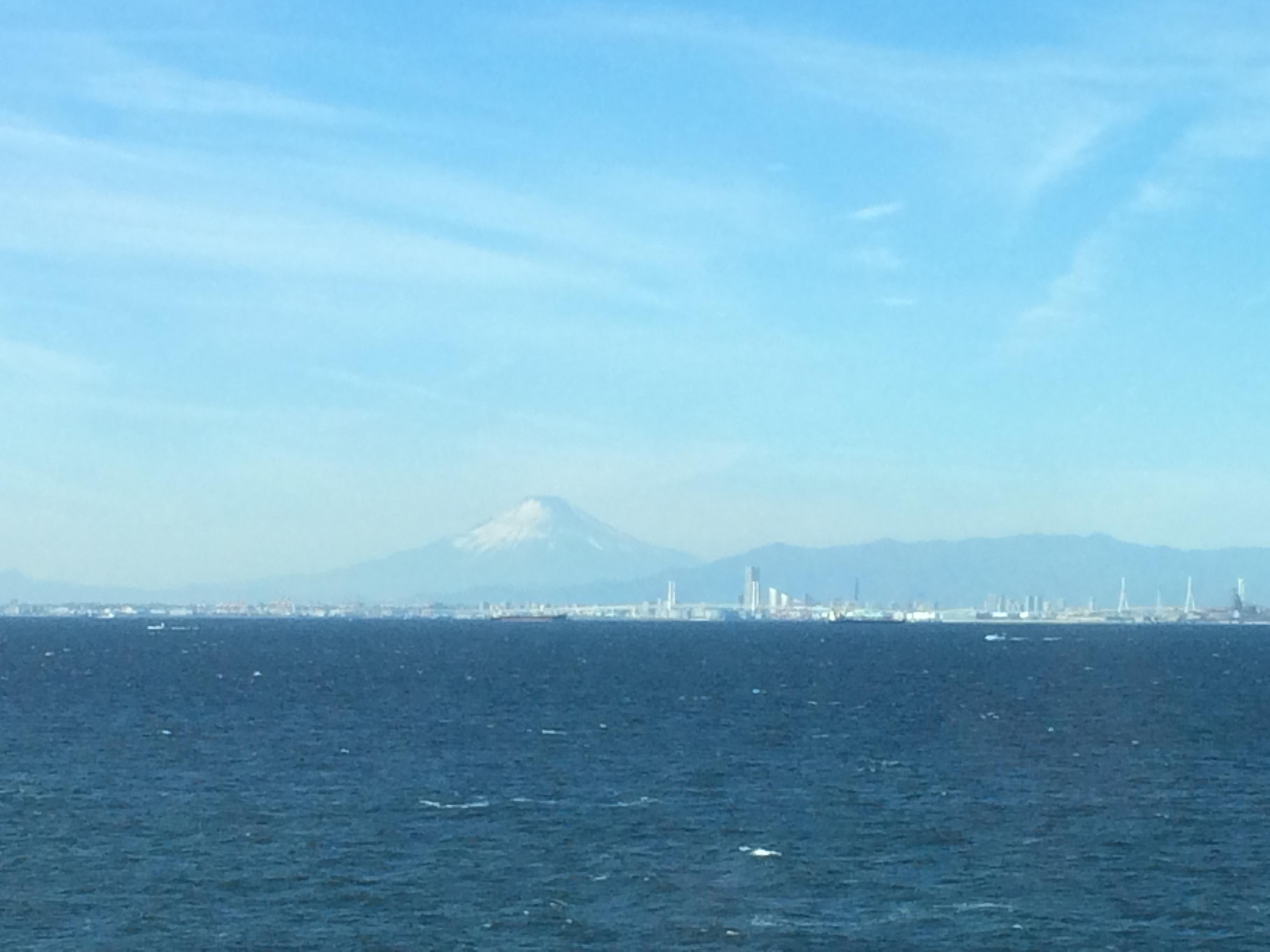 2018年 新春初ツーリングは房総半島を快走 東京湾ごしに富士山を眺め、イチゴ狩りを堪能し、南房総伊戸港で海鮮料理に舌鼓