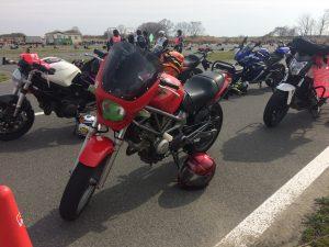 「チームマリ」モーターバイクレッスンに参加