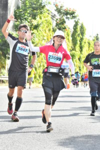 マラソン日記【ホノルルマラソン2018】1キロあたり7分、5時間で走ったレースの振り返り